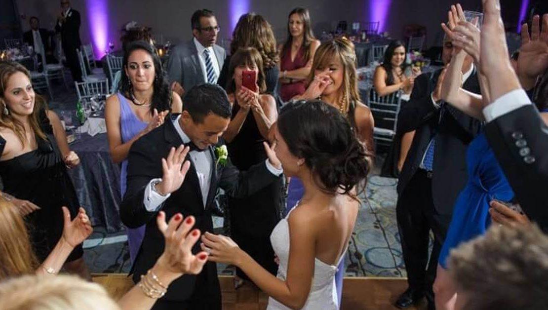 Como contratar um DJ para Casamento